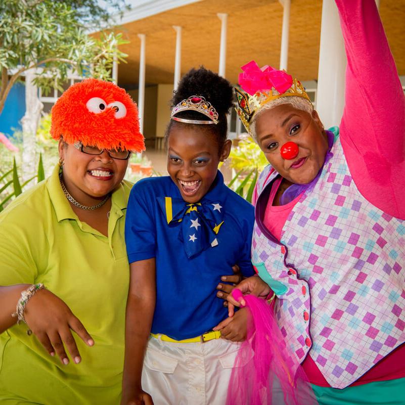 CliniClowns_Curaçao_Rolstoeldisco_Bdo_lr1-1